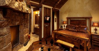 Как выйти из деревянного дома