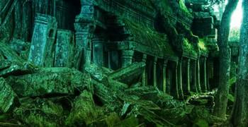 Найти выход из леса с руинами