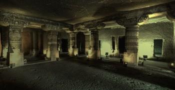 Побег из каменного храма